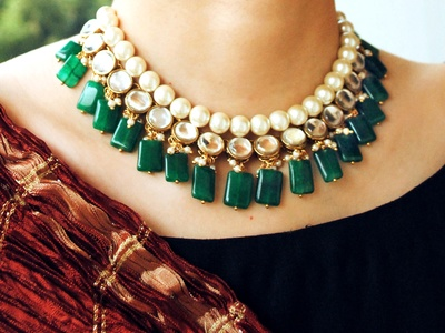 4c90a1aff Semi Precious Emerald Stone and Kundan Necklace